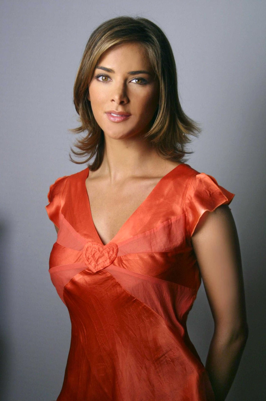 Melissa Theuriau en débardeur décolleté