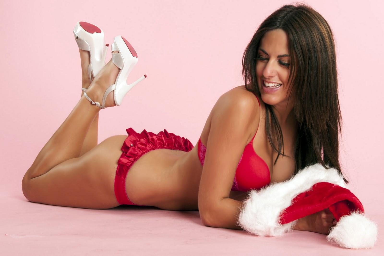 Claudia Romani en lingerie