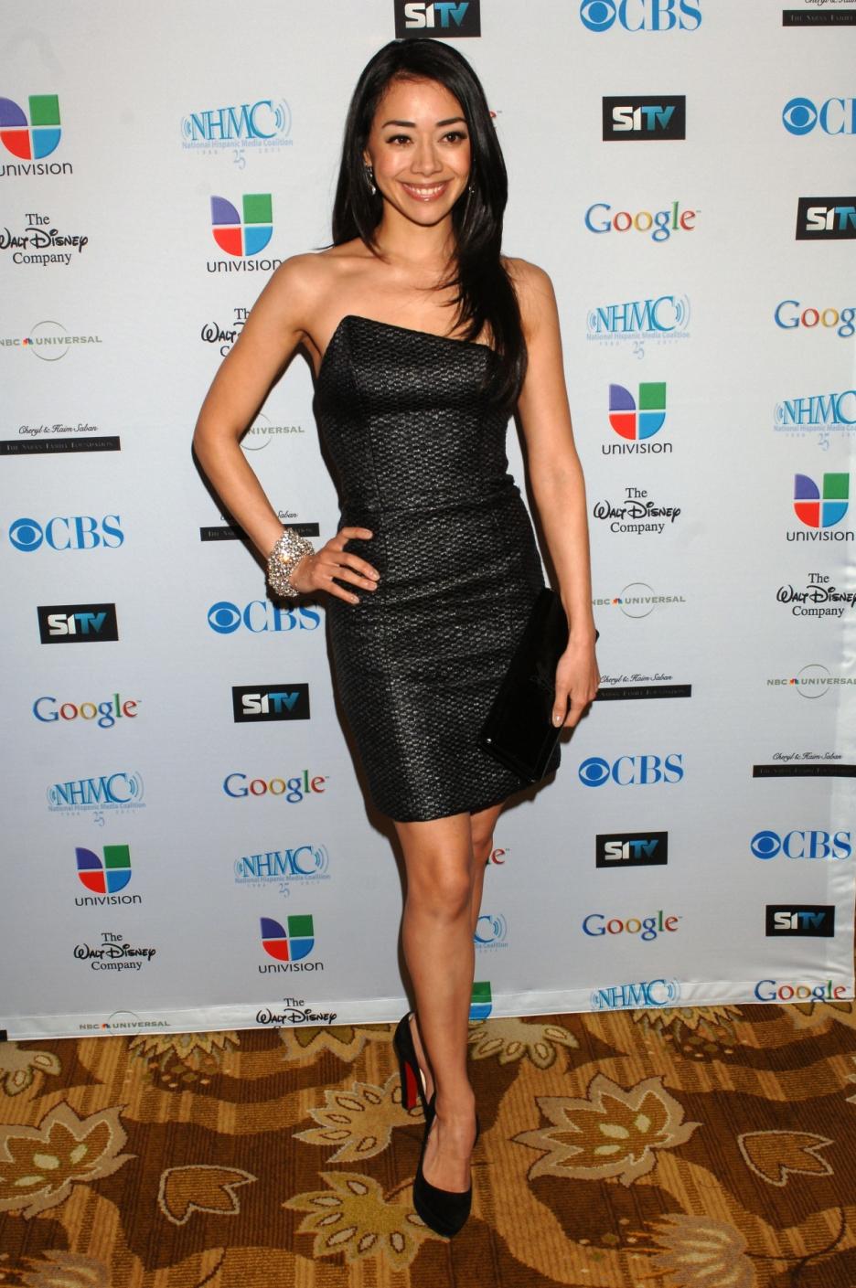 Aimee Garcia en robe de soirée
