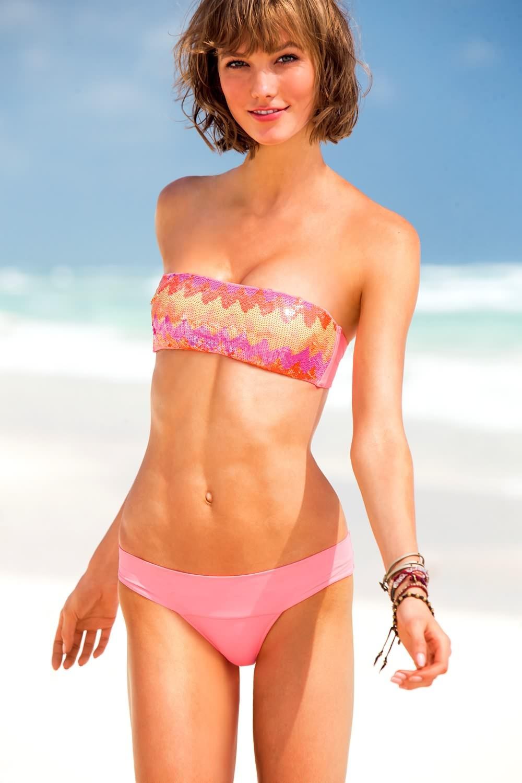 Karlie Kloss en bikini