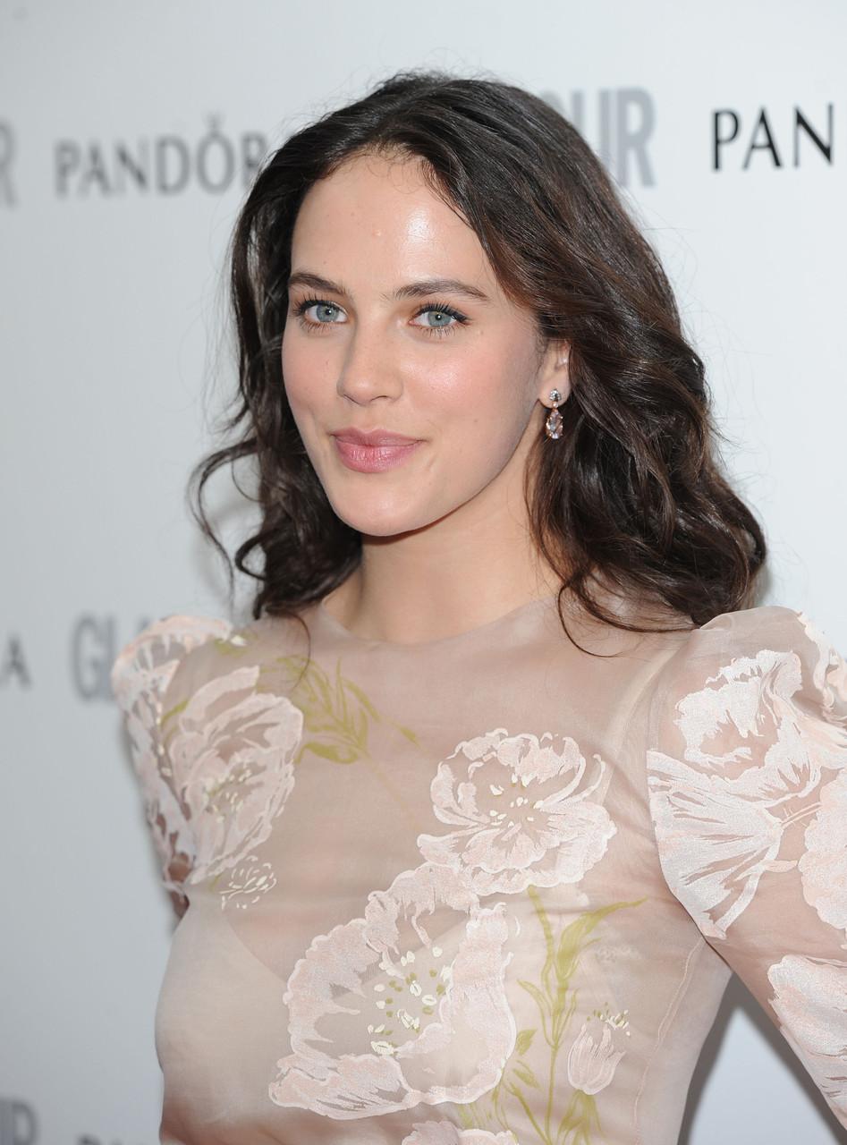 Jessica Brown Findlay en robe transparente