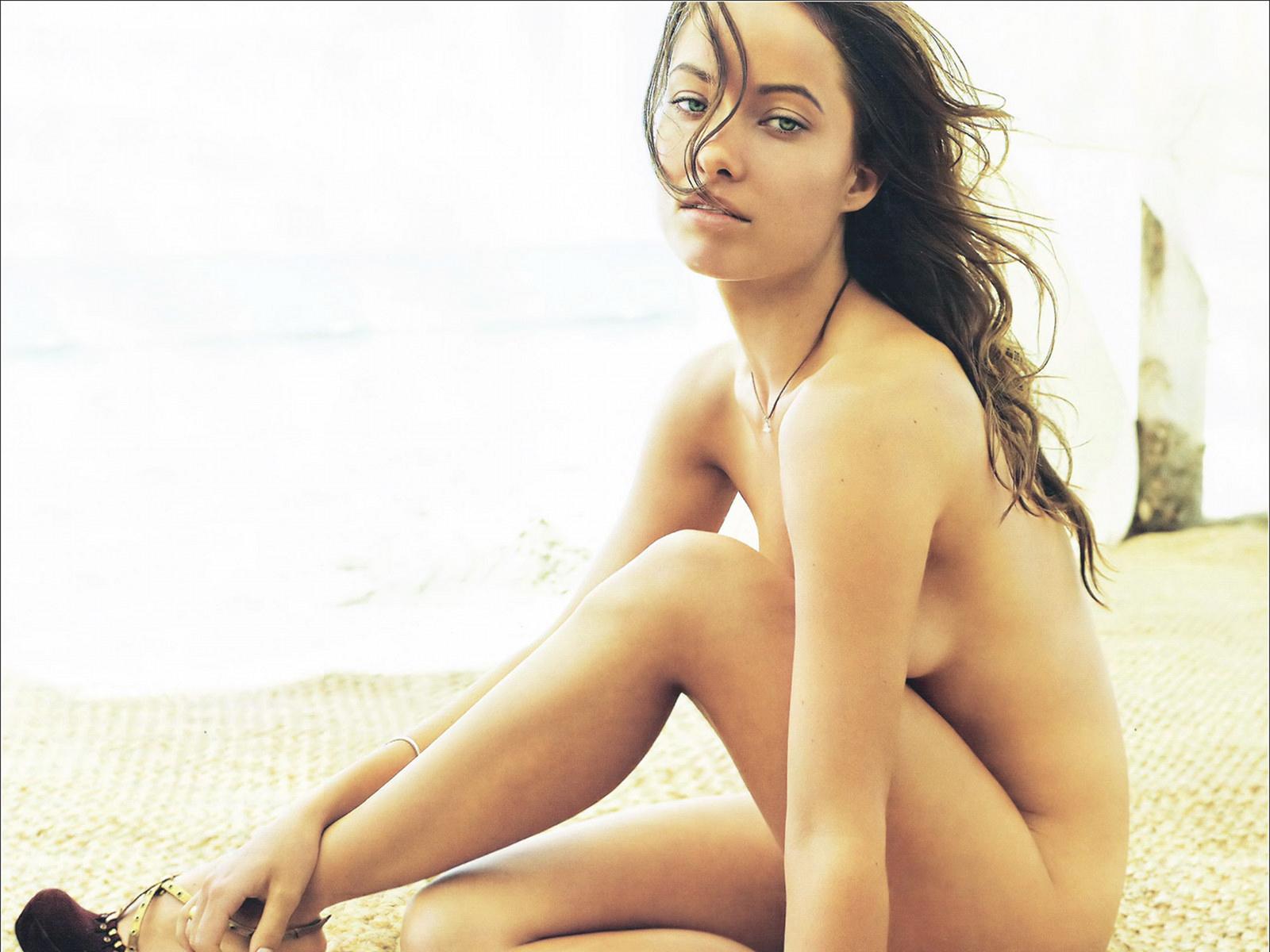 Malika Mnard nue : les vraies photos sexy de Miss France