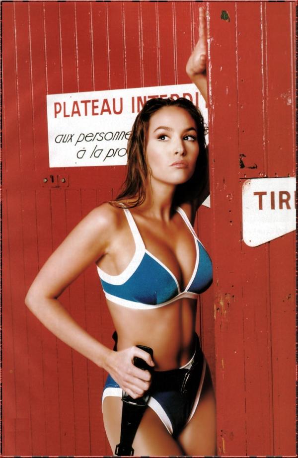 Vanessa Demouy en bikini