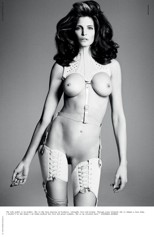 Stephanie Seymour presque nue