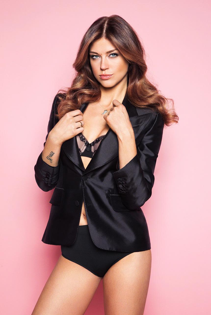 Adrianne Palicki en culotte