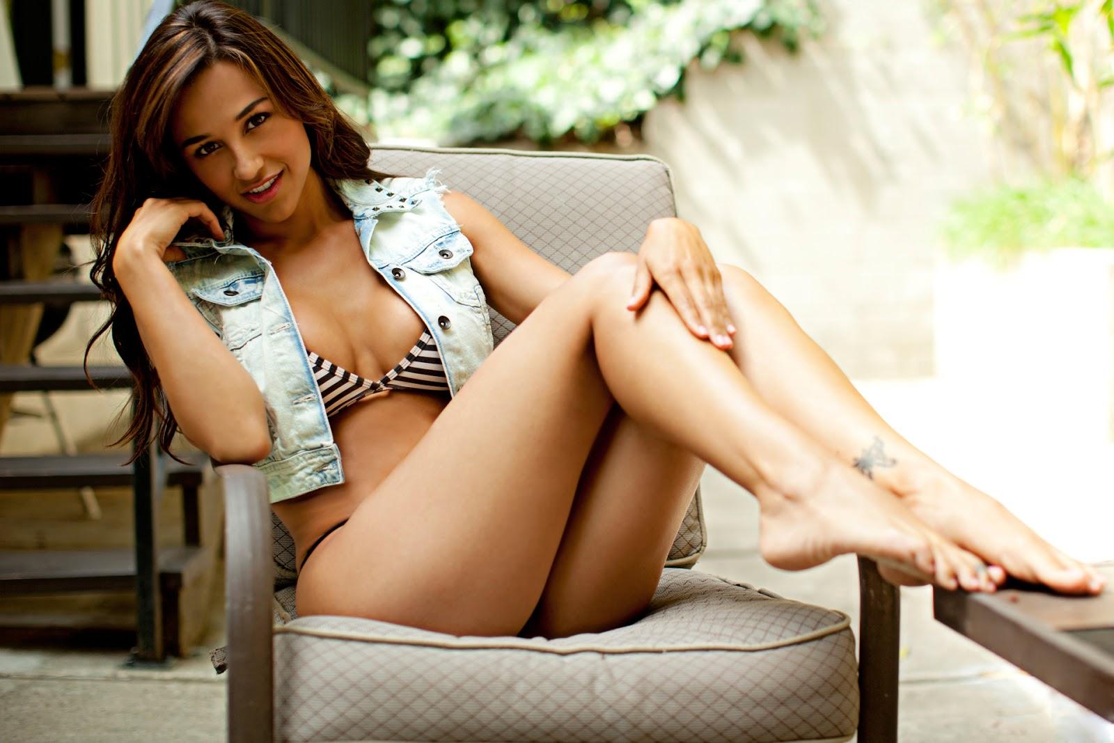 Ana Cheri en bikini