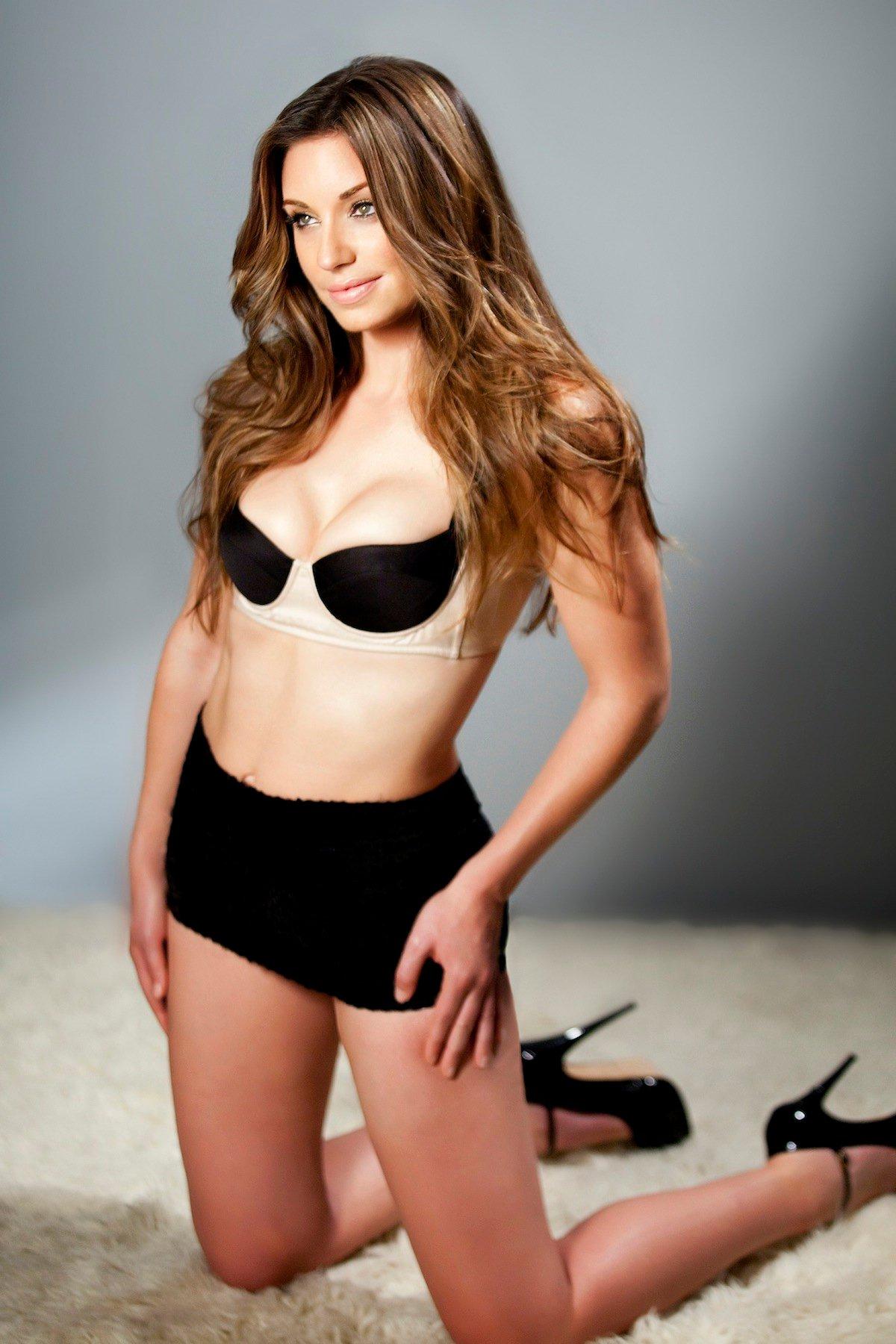 Bianca Kajlich en lingerie
