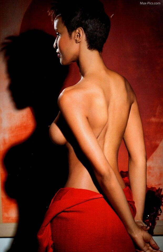 Sonia Rolland topless
