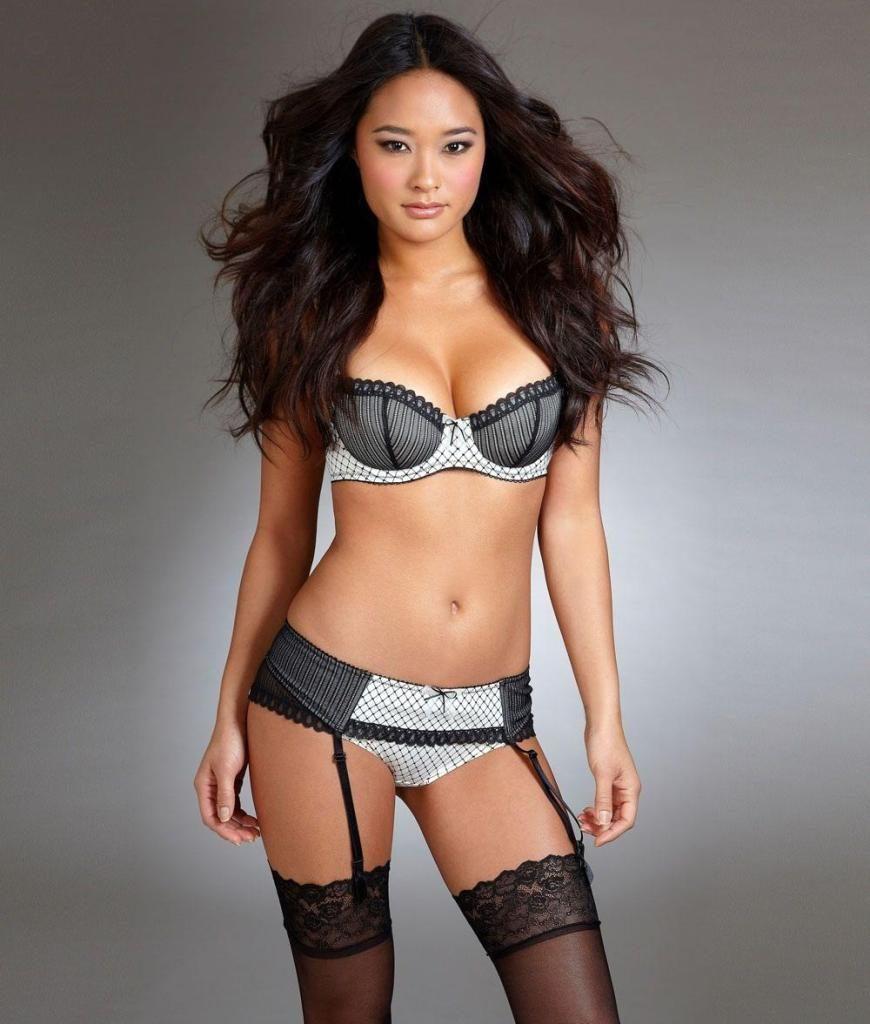 Jarah Mariano en lingerie