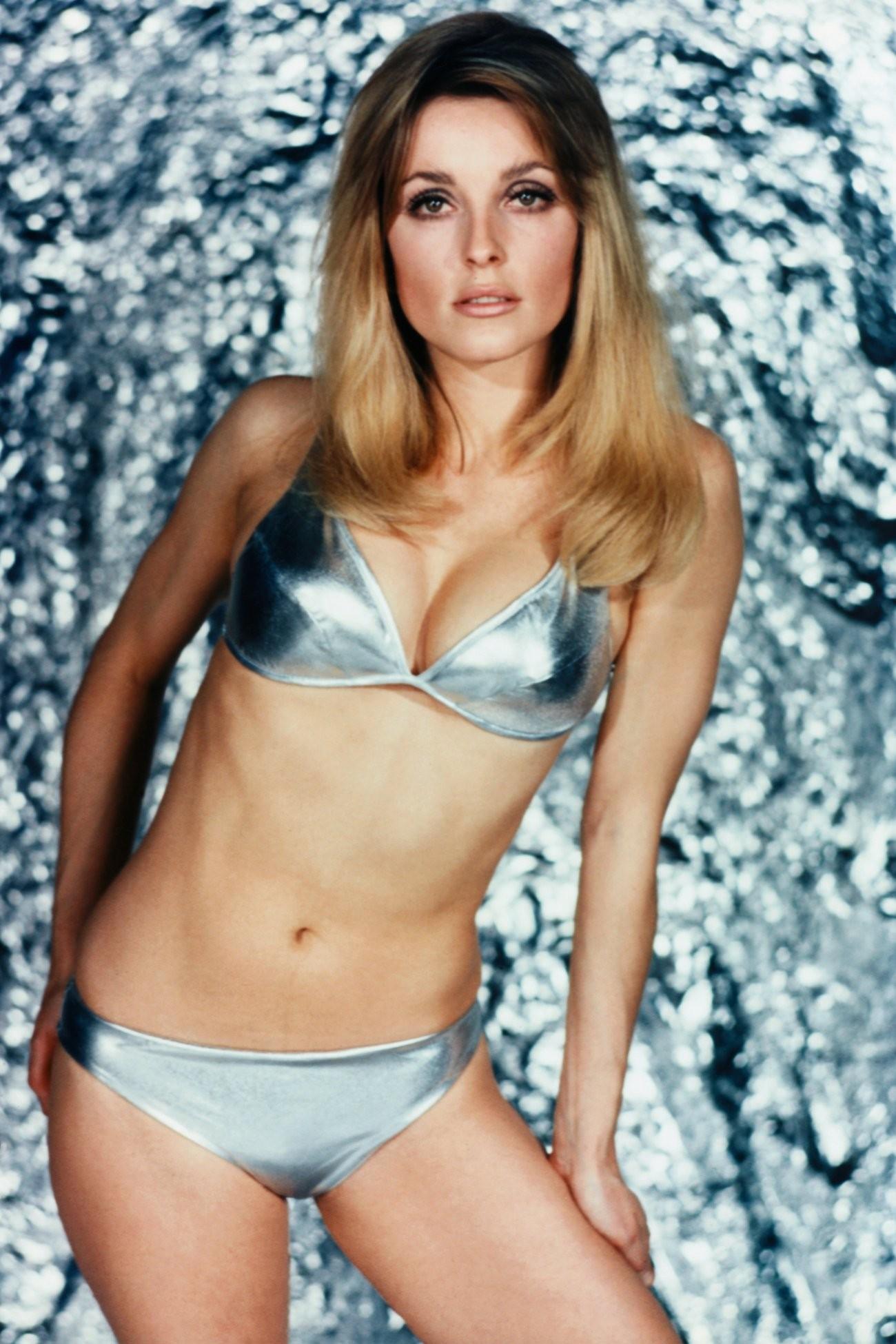 Sharon Tate en bikini