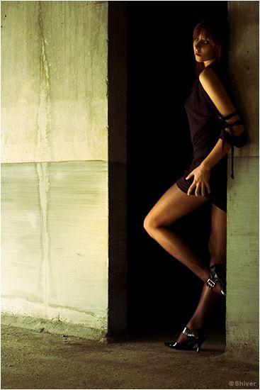 Carole Bianic en mini-robe