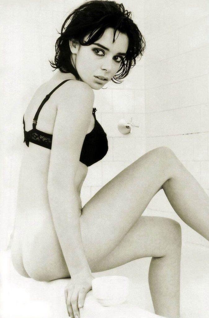 Élodie Bouchez nue