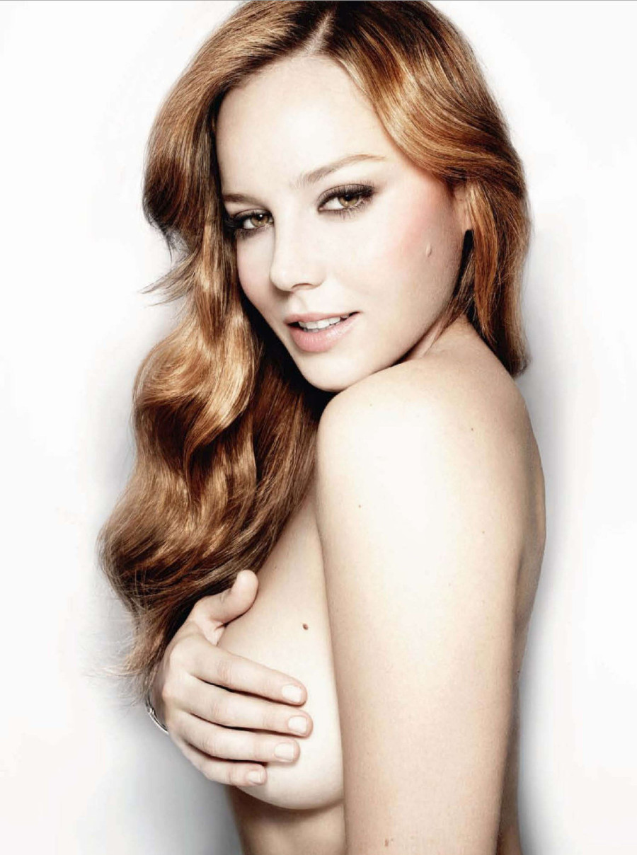 Abbie Cornish nue