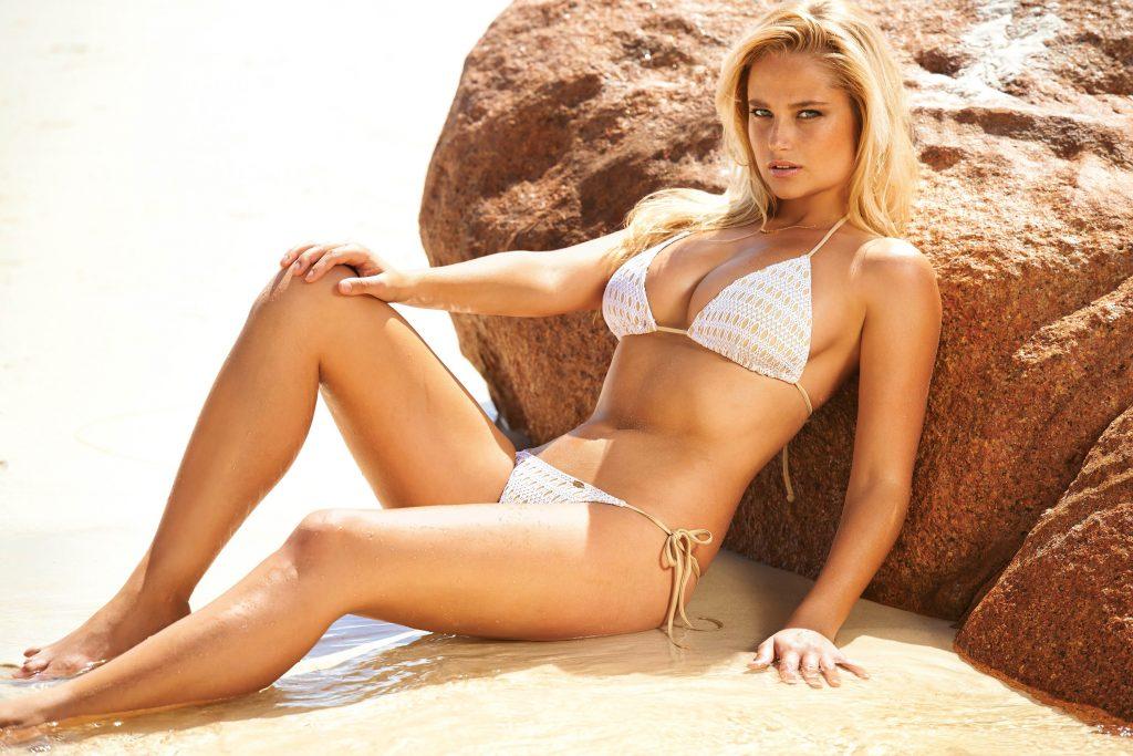 Genevieve Morton en bikini