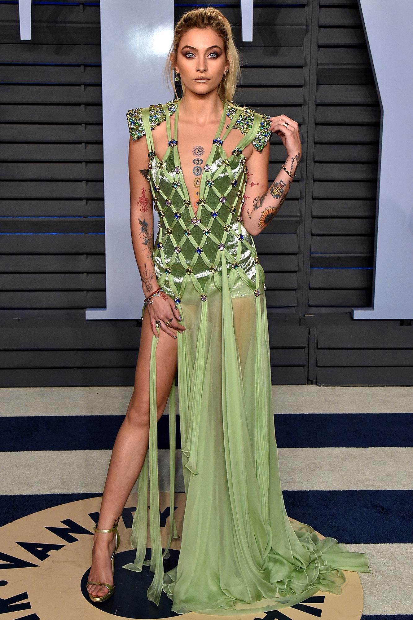 Paris Jackson en robe très décolletée