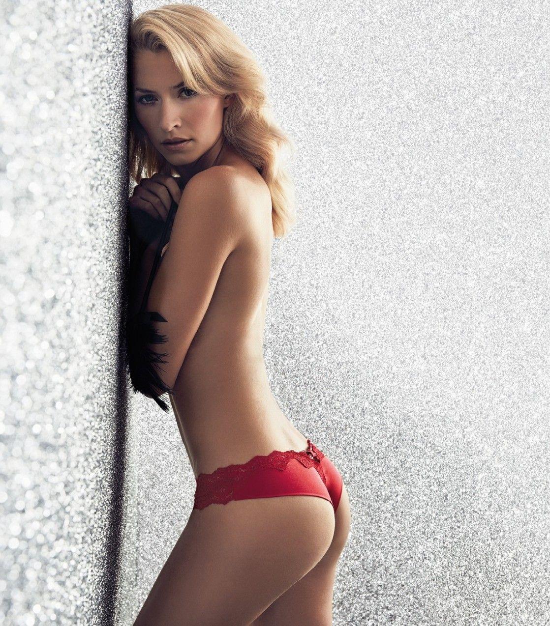 Lena Gercke topless