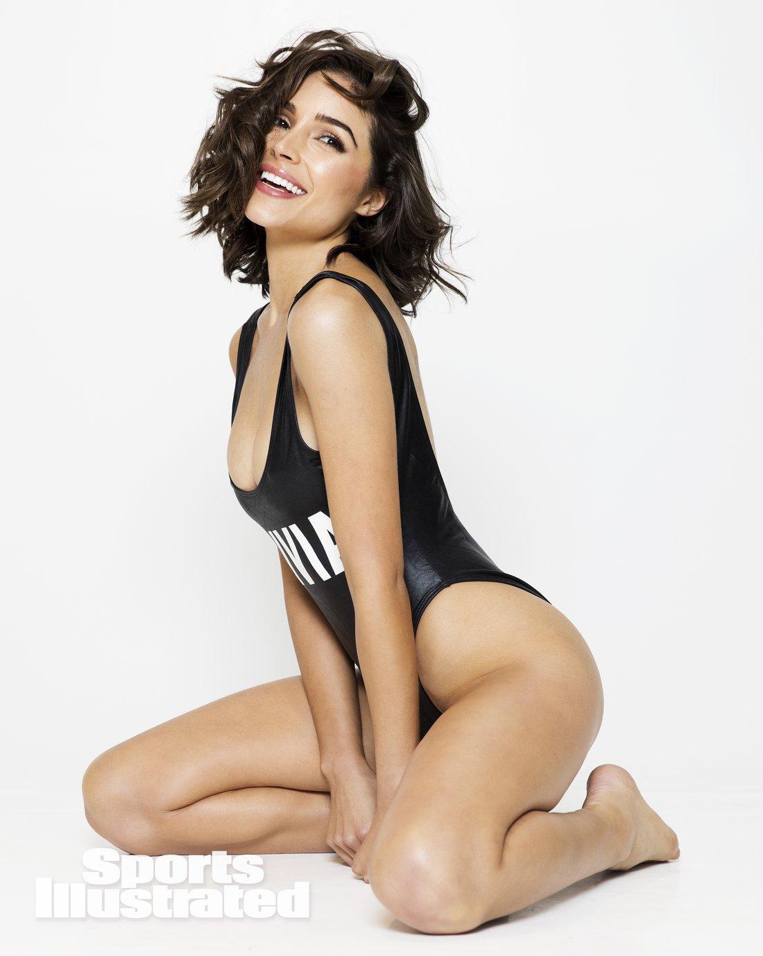 Olivia Culpo en maillot de bain