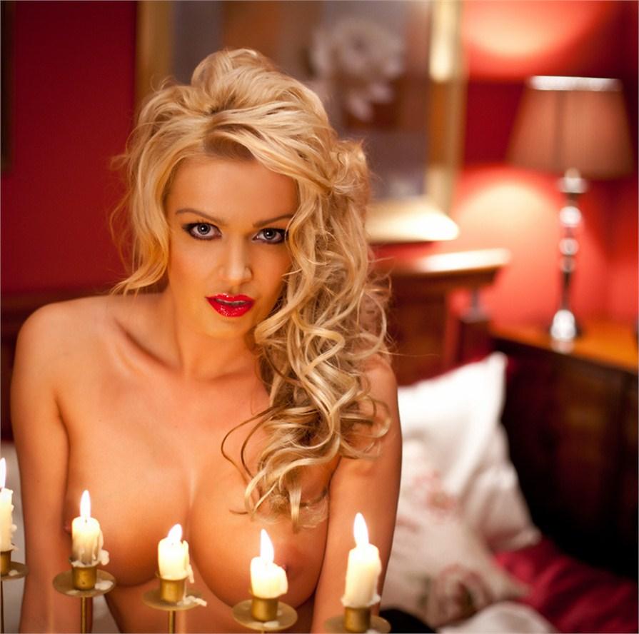Amber Jayne nue