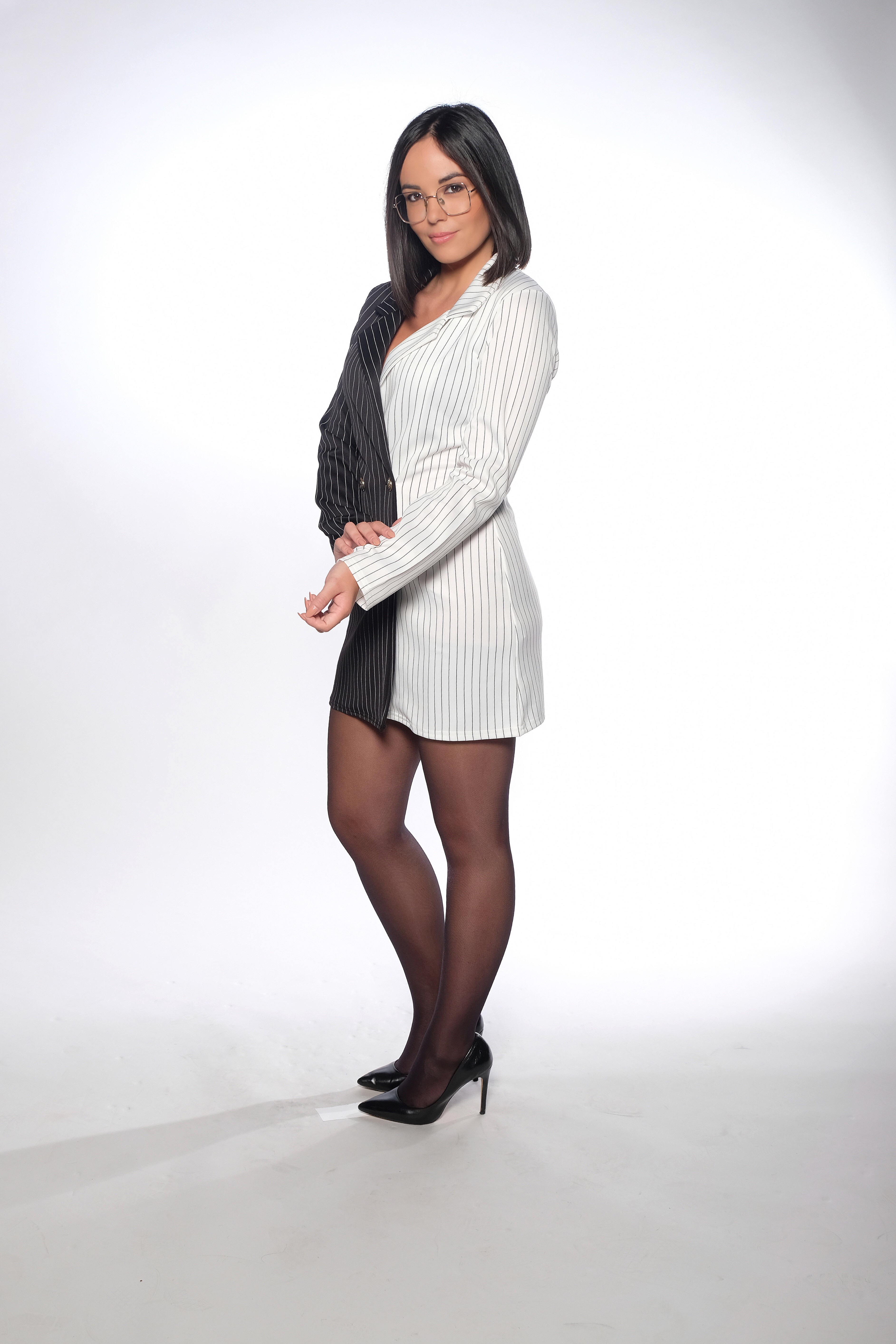 Agathe Auproux en mini-robe