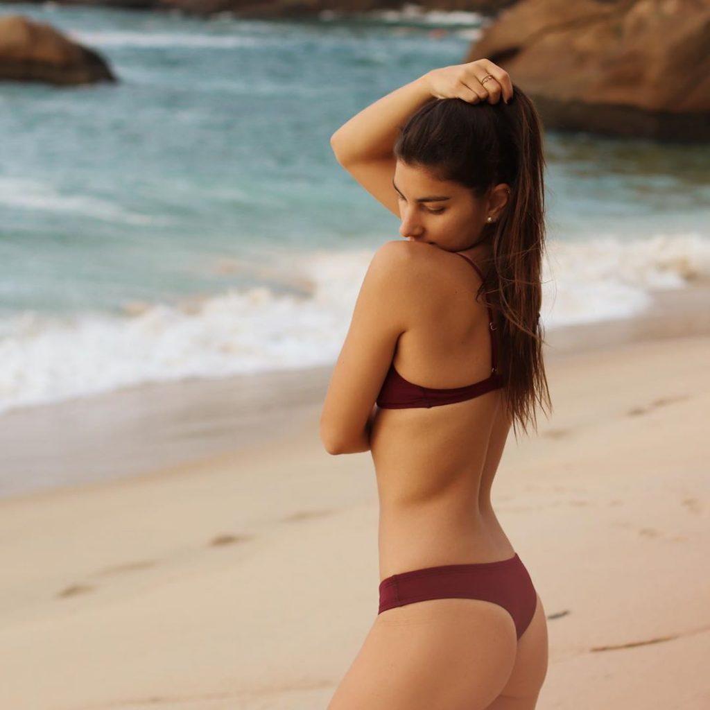 Laia Pons en bikini