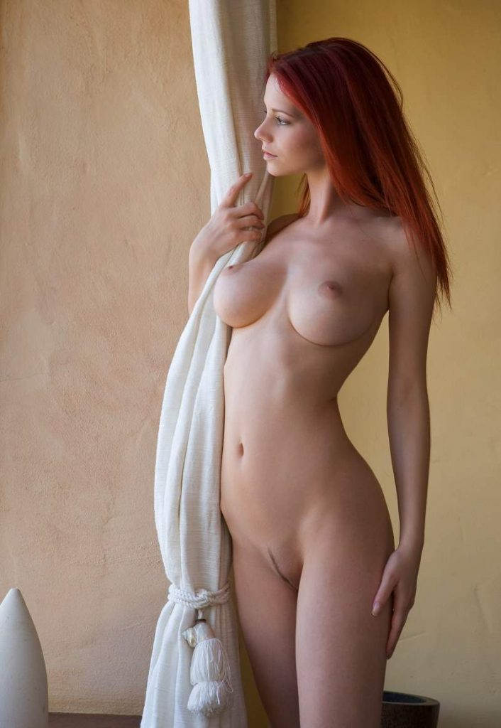 Ariel Piper Fawn nue