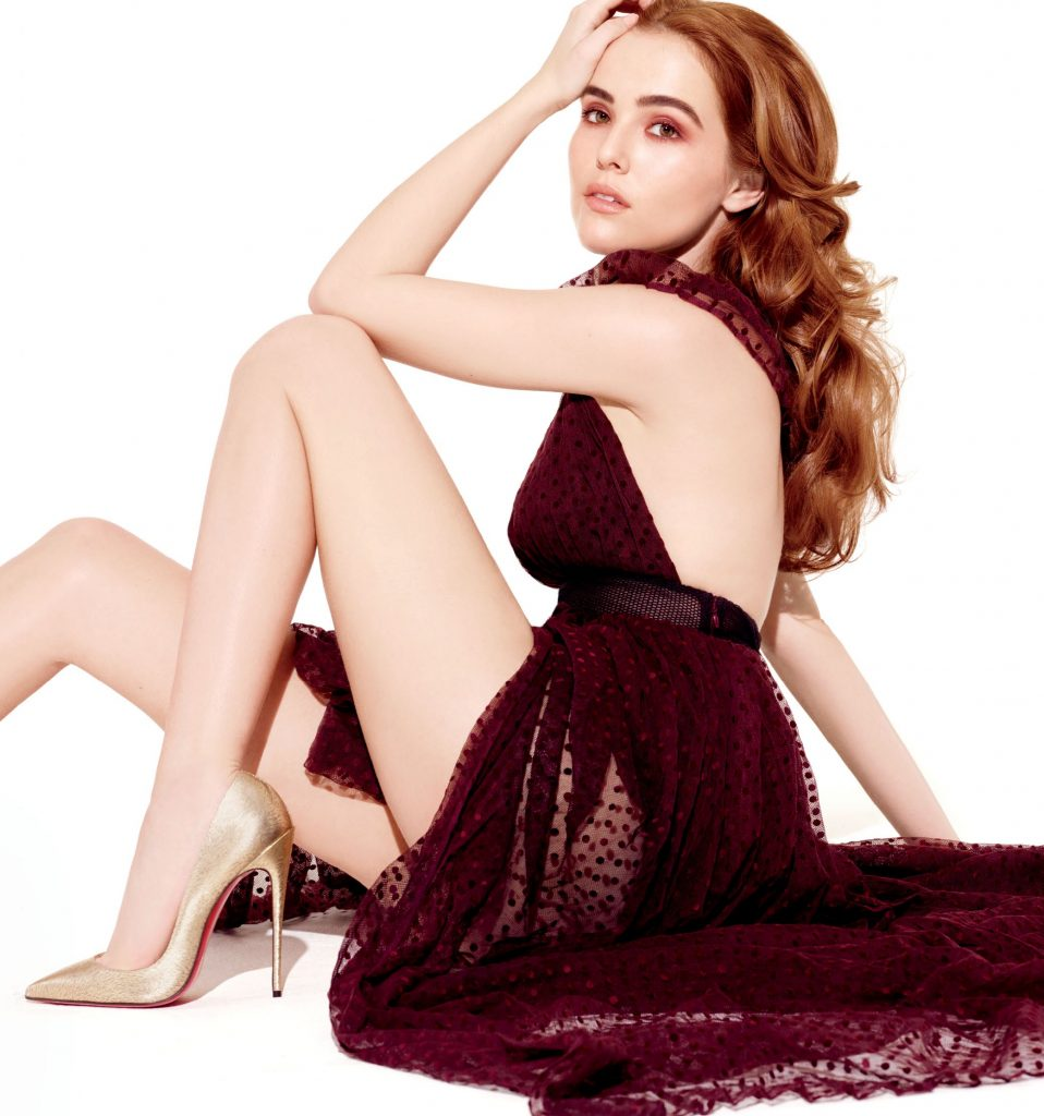 Zoey Deutch en robe transparente