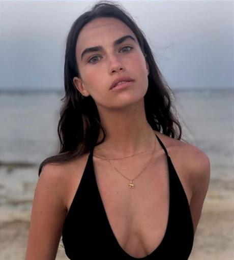 Candice Dufau en bikini