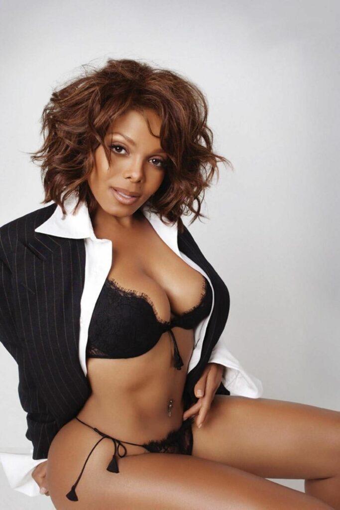 Janet Jackson en lingerie