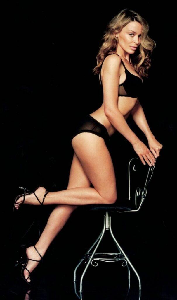 Kylie Minogue en lingerie