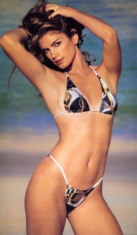 Cindy Crawford en bikini