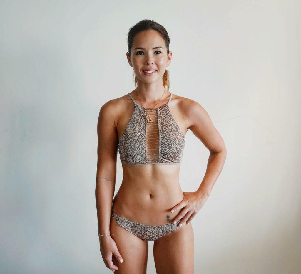 Claire Jedrek en bikini